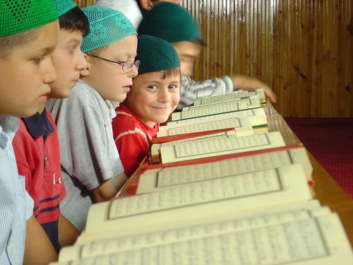 Pemerintahan turki baru-baru ini membuka kelas-kelas belajar, mengaji